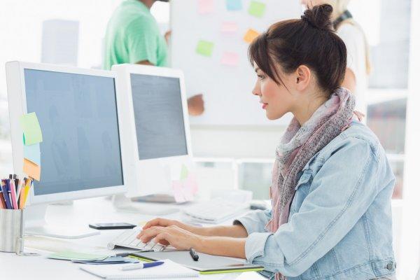 برنامه نویس سمت کلاینت و سرور از نیروهای شرکت طراحی وب سایت